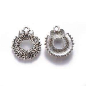 Christmas Wreath Charms - Silver - Charms - Riverside Beads
